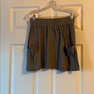 Grey cottons skater skirt with pockets!